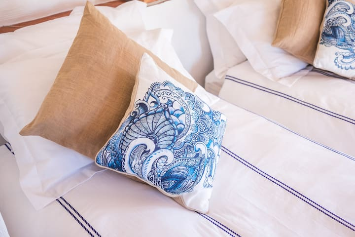 Serenity Holistic House Vitality - Alfarnatejo - Bed & Breakfast