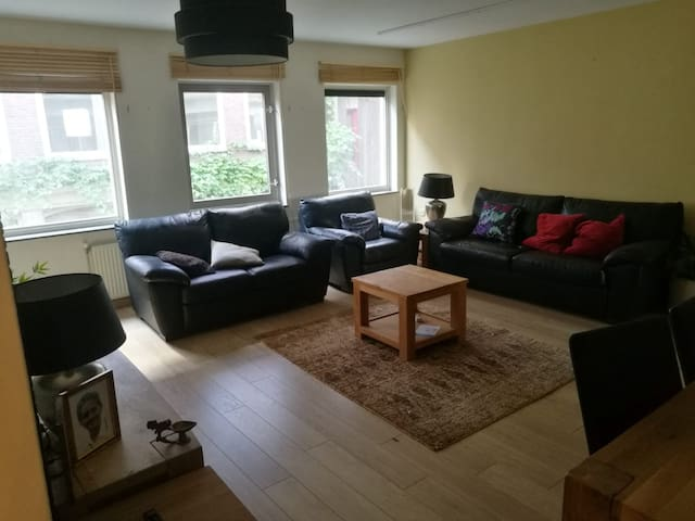 Large bedroom in the heart of Amsterdam Jordaan