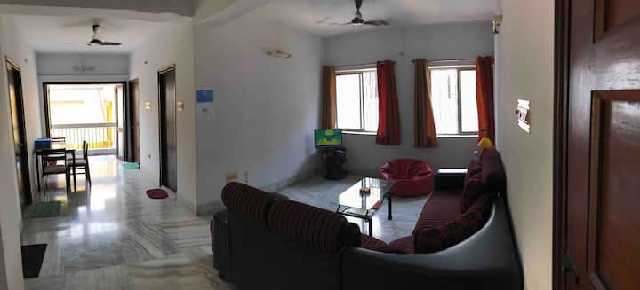 Cosy Spacious 2 bed South Calcutta Apartment