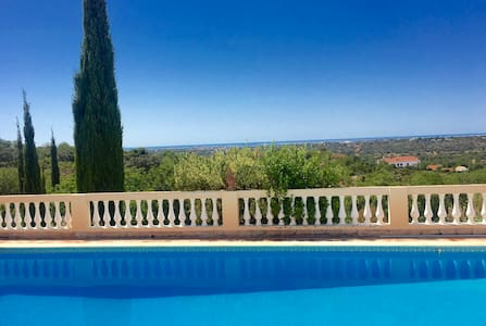 Country house with Stunning Views - Estoi
