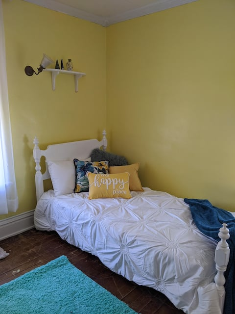 Room of tranquility in historic Wilmington