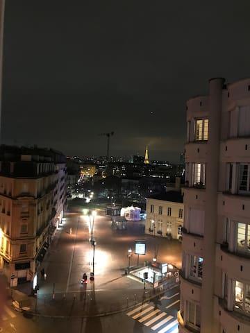 Appartement vue sur tour Eiffel proche de Paris