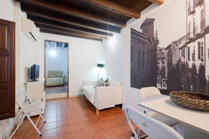 Beautiful apartment arabic quarter