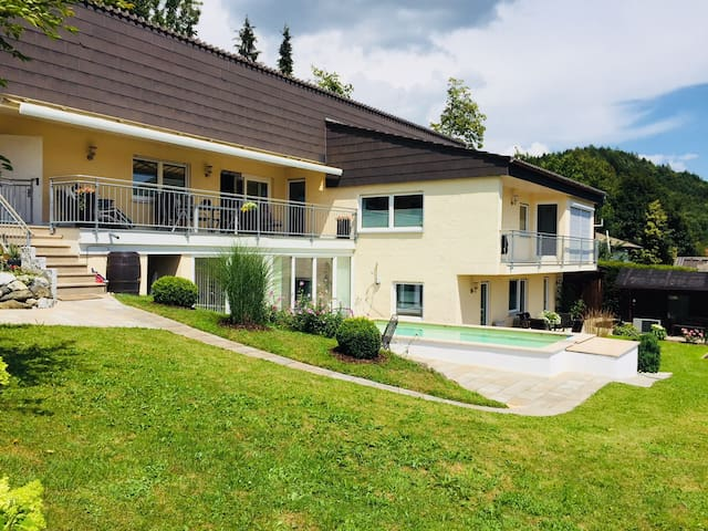 Apartment unterm Schloss - Allgäu (Bergblick)