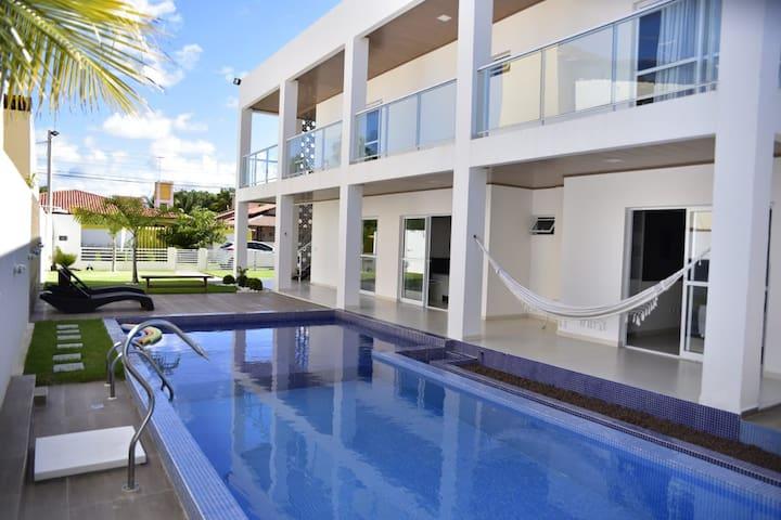 Maravilhosa Casa à 50m da Praia de Sonho Verde