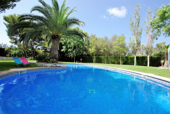 Close to airport. Wifi. Smart tv,  montly rentals