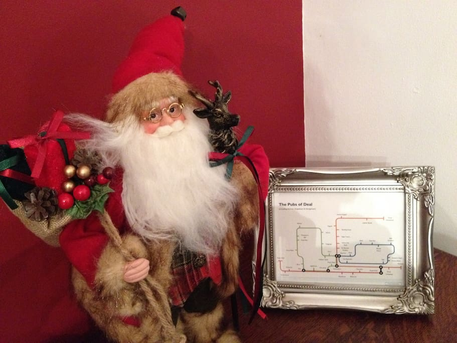 Santa Looking For The Best Deal Pubs