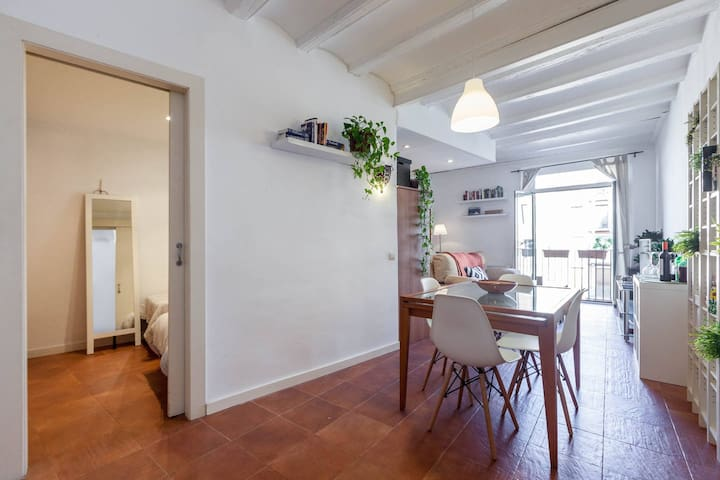 Nice apartment in the heart Barcelona.