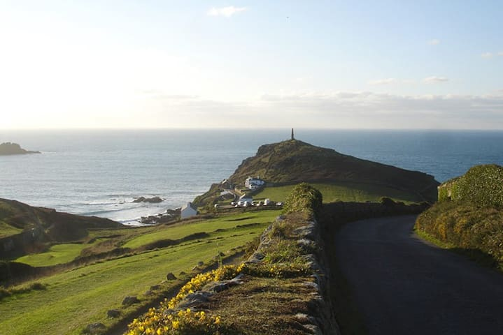 Cape Cornwall View cottage, school holidays only