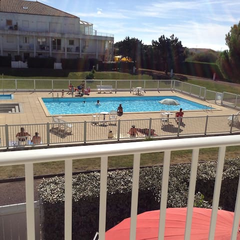 Calm appartment in a calm résidence with pool - Le Château-d'Olonne - Apartamento