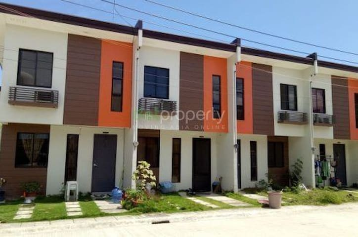 House for Rent 1000/perday