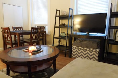 Cozy Centrally Located 1 Bedroom by Press Hotel - Portland