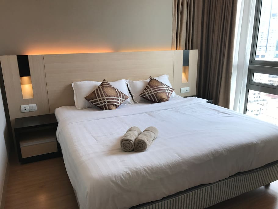 King size bed with KL Tower view