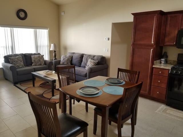 Luxury Rental Home G6