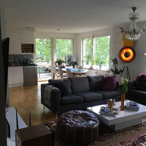 Vacker lägenhet, modernt. - สตอกโฮล์ม - อพาร์ทเมนท์