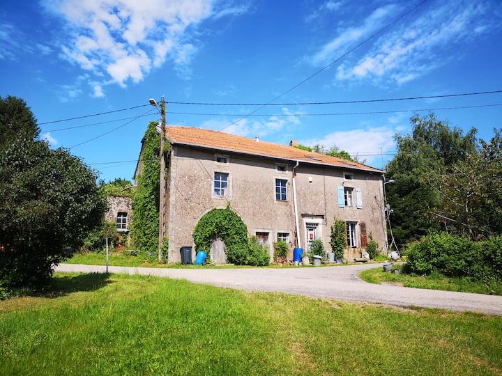 Ferme paisible dans la campagne des Vosges (WiFi)