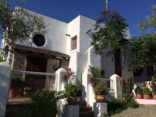 Solskinshuset - et paradis i Syd Spanien - Monda - Домик на природе