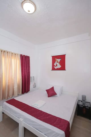 Acquapert Residences (King Bed)