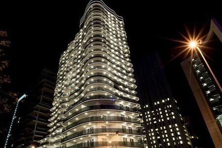 Luxurious Apartment in Downtown Damac Tower