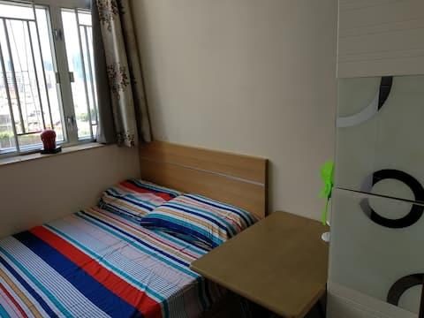九龍城 Kowloon City雙人床double bed room flat一房一廰
