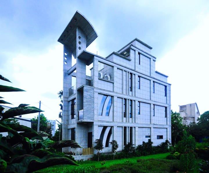 伊之旅宿,清水模風格的建築