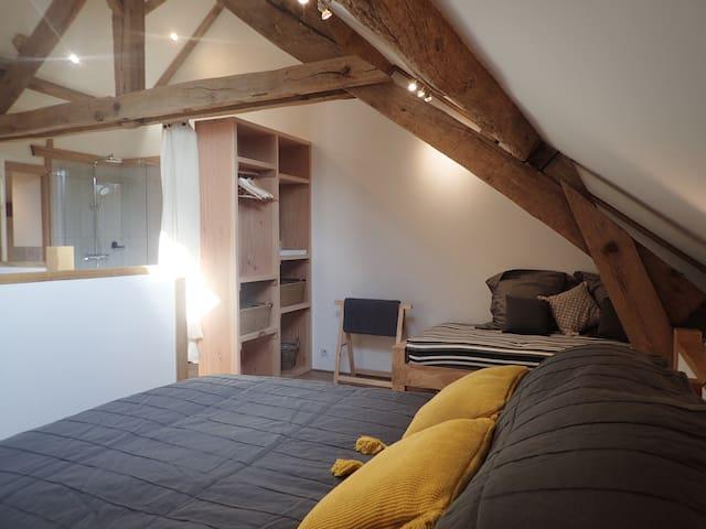 Mezzanine bedroom (double or twin)
