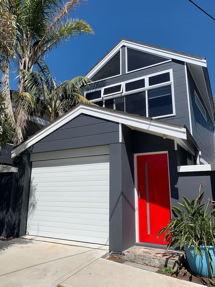 """The """"Pop-Up"""", perfect Manly Beach studio"""