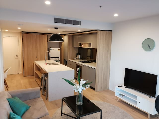Bright One Bedroom Apartment - New!!