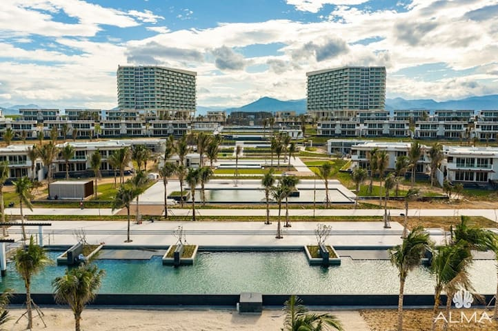 Alma Resort - Long Beach, Cam Ranh