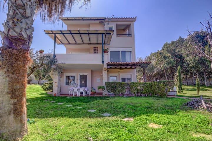 Villa near the sea k - Polychrono - Villa