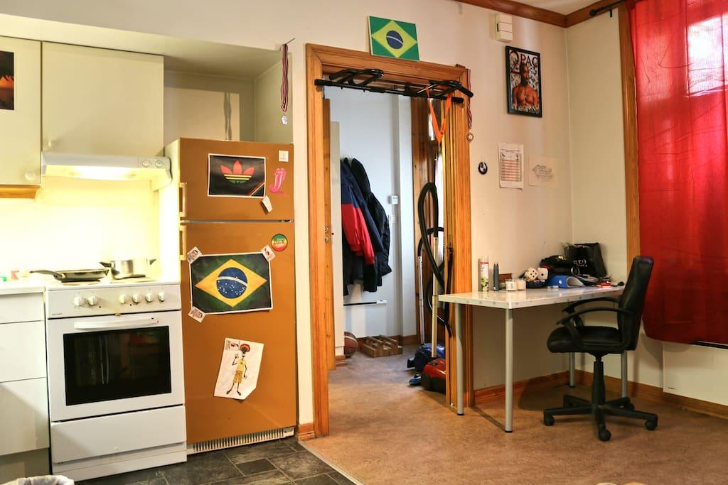 Desk / Working area