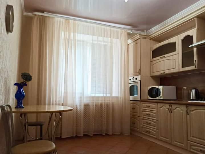 Уютная 2комн квартира в районе ЖД вокзала
