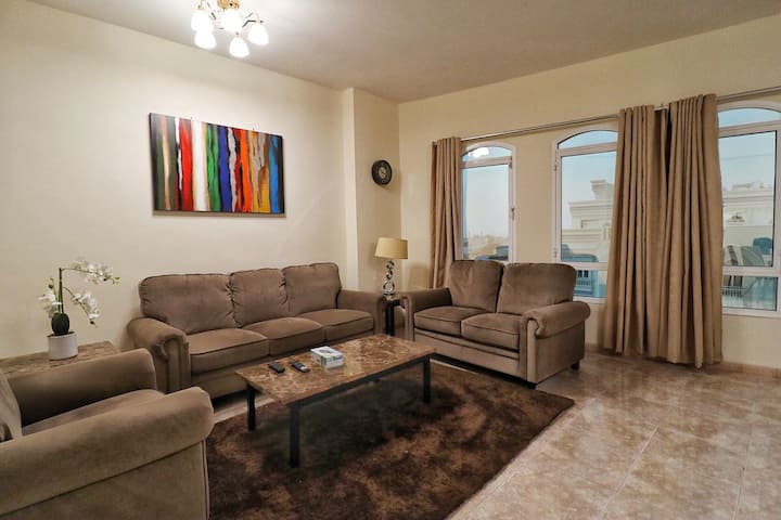 Spacious 2 bedrooms Apartment near grand Mall