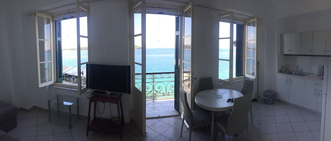 Sea view apartment in Corfu center2 - Κέρκυρα - Daire