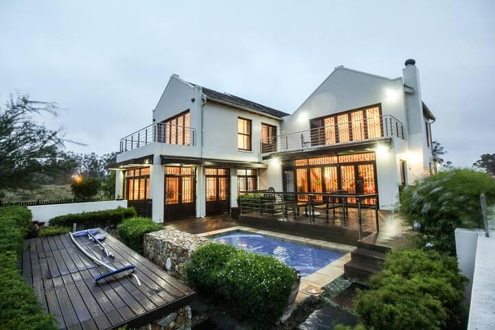 Modern home in a quiet golf estate