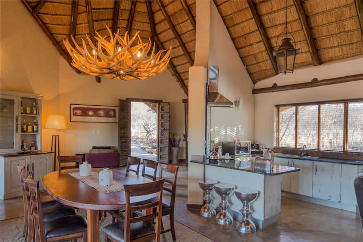 Royal Villa - Madikwe Game Reserve