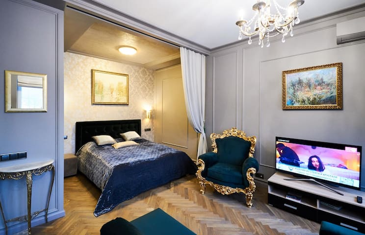 SO Luxury apt in the heart of Minsk near Circus