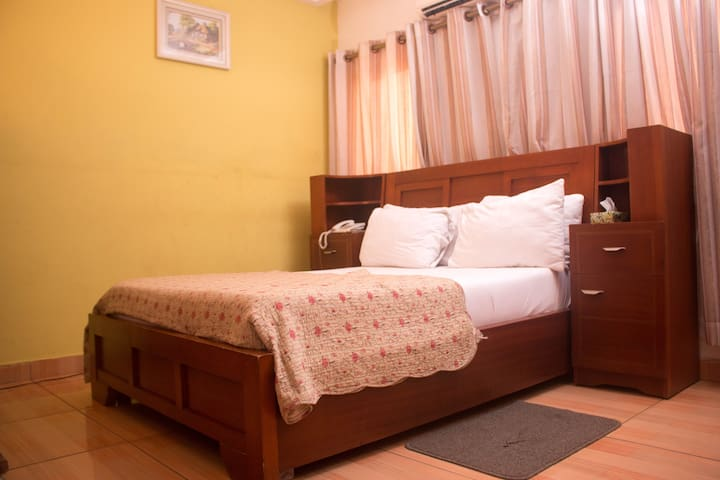 CLASSIC GUEST HOUSE 005