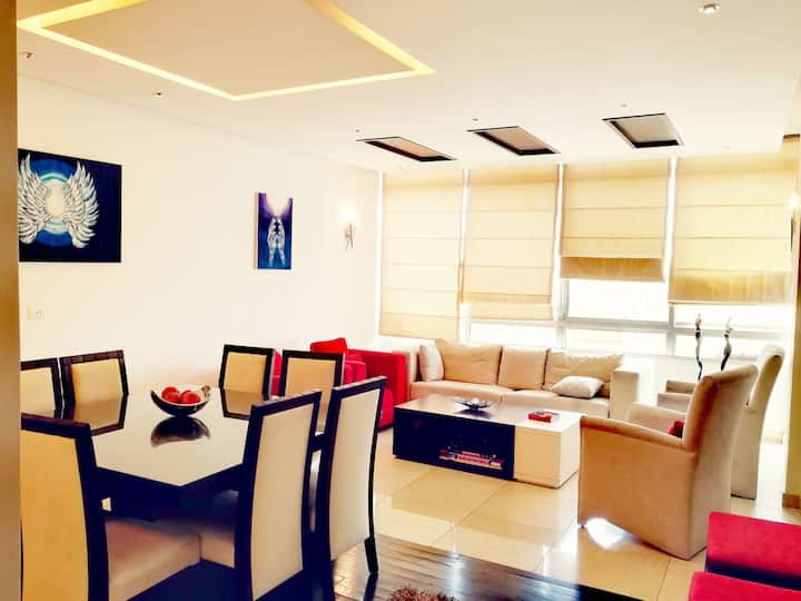 Cosy Modern Appartment with terrace, Zouk Mikael