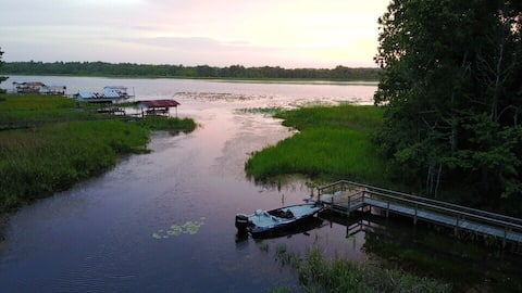 Paradise Cove on Lake Seminole (waterfront)