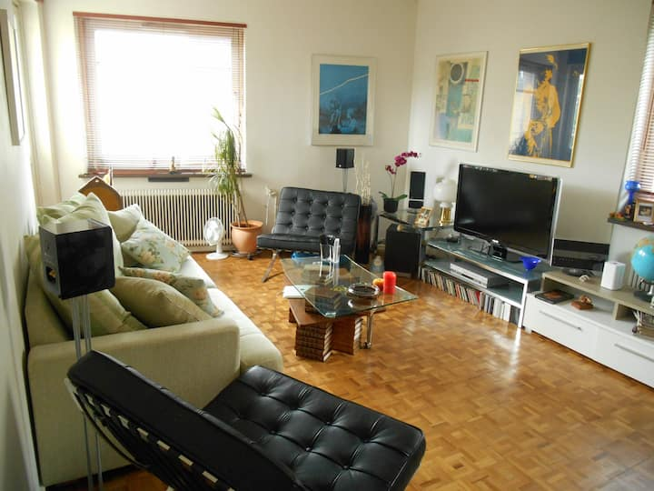 Comfortable apartment close to the city centre.