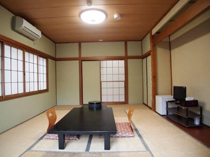 Kinugawa /10 tatami JPN-style room/free breakfast