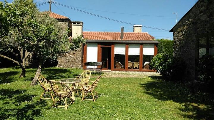 Casa Completa 10 personas con Chimenea y Piscina