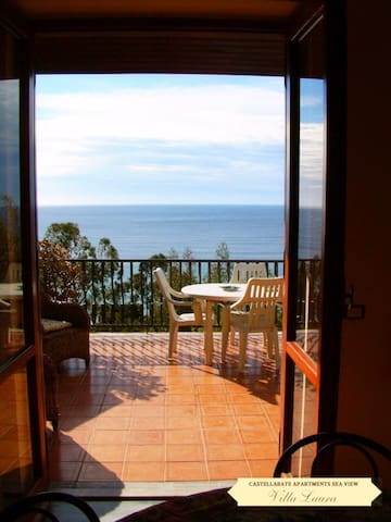 Villa Laura Sea View Apartment// - Santa Maria di Castellabate - Lejlighed