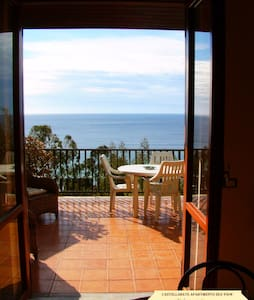 Villa Laura Sea View Apartment// - Santa Maria di Castellabate - Apartment