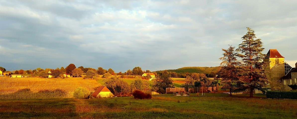 Coeur de la vallée de la Dordogne - Saint-Sozy, France - 단독주택