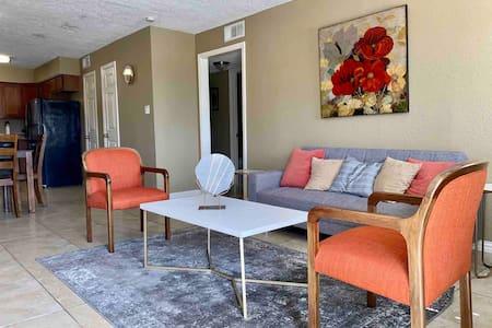 Modern Large Apartment - Kemah - Galveston Beach