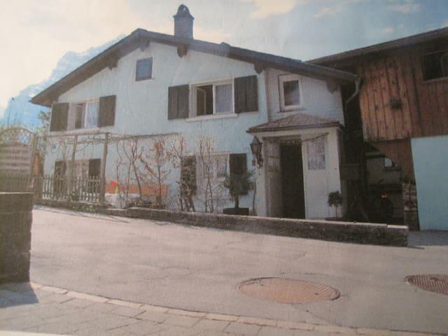Haltligasse - Mollis - Haus