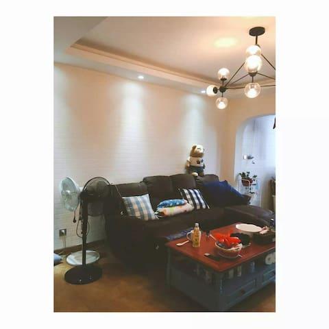 地中海风格复式两卧loft公寓