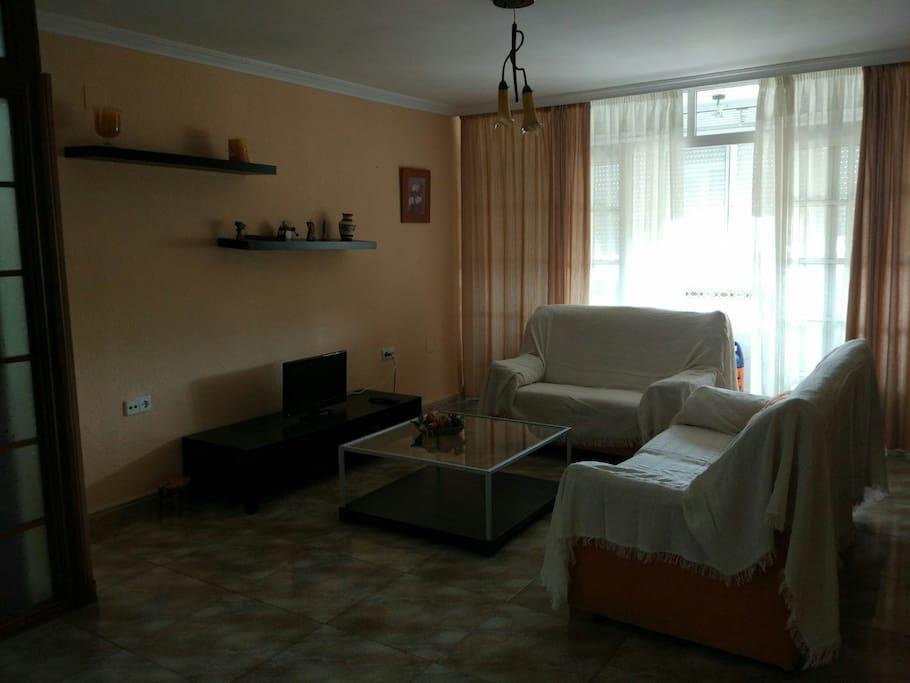 Piso amplio con tres habitaciones casas en alquiler en - Casa de alquiler en algeciras ...